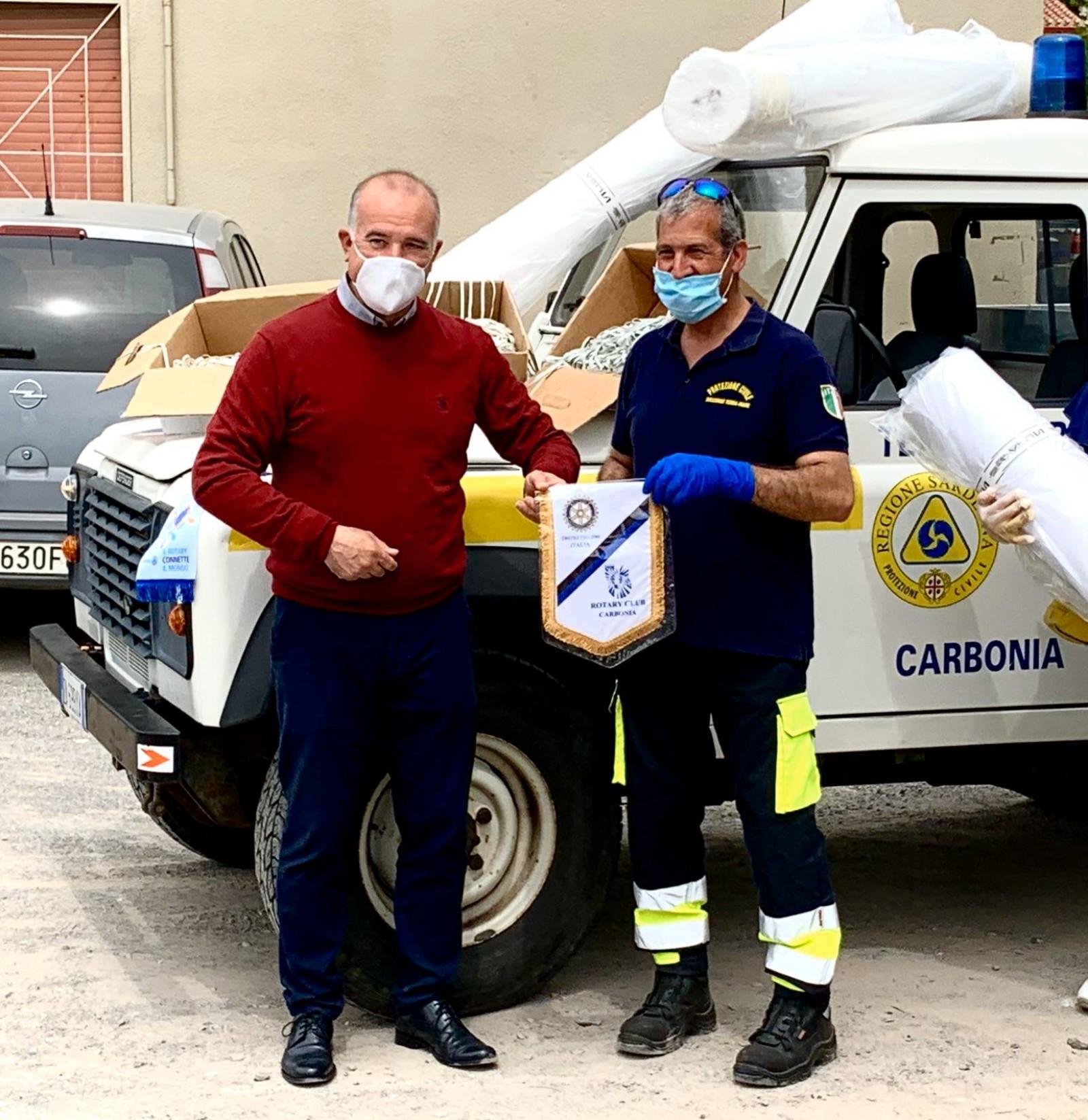 Gallery - Prevenzione COVID 19 - Donazione di materiale per la realizzazione di mascherine alla Protezione Civile di Carbonia