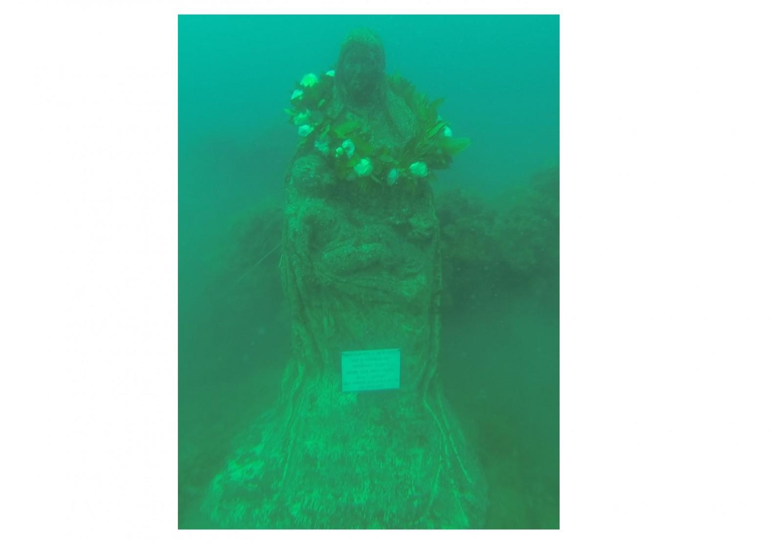 Gallery - Restauro della statua sommersa della Madonna delle Grazie
